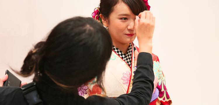 ミス・ユニバースジャパン日本代表担当のヘアメイクアーティストが来店